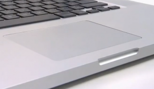 ※画像はMacBookProのものです。